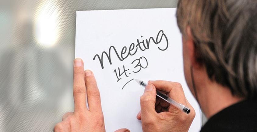Coach efektywności radzi: nie trać pieniędzy na bezproduktywne spotkania!